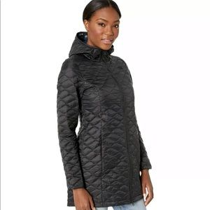 The North Face Jackets & Coats - Ladies XL North Face ThermoBall™ Parka in Black